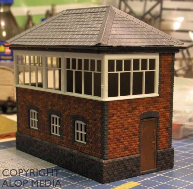 Ratio 552 GWR Brick Signal Box