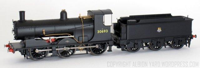 R3240 Hornby Drummond 700 Class