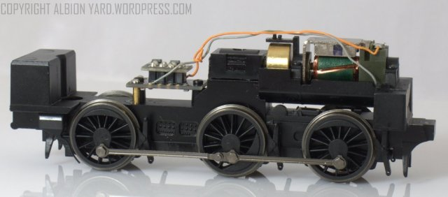 R3325 R3324 R3326 Hornby J50 Chassis