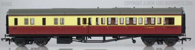 Hornby R4686 Collett Corridor Brake 3rd (LH)