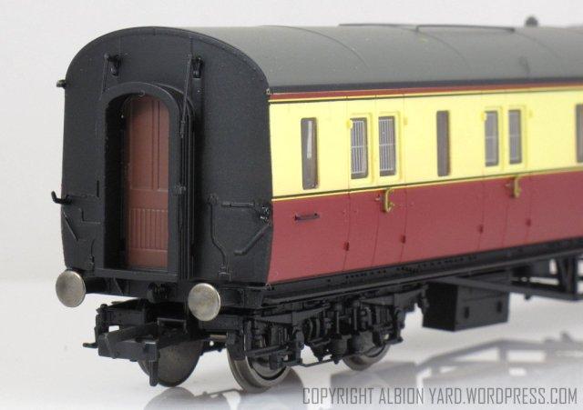 Hornby R4686 Collett Brake 3rd (LH)