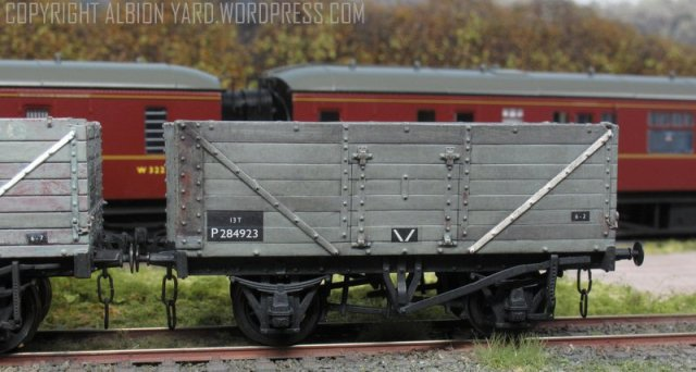 Oxford Rail Private Owner Wagon OR76M7W005