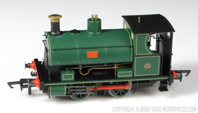 Hornby W4 Peckett R3427 R3428 R3429